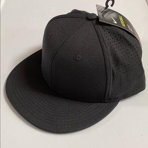 Nike True Vapor Cap Adult Unisex